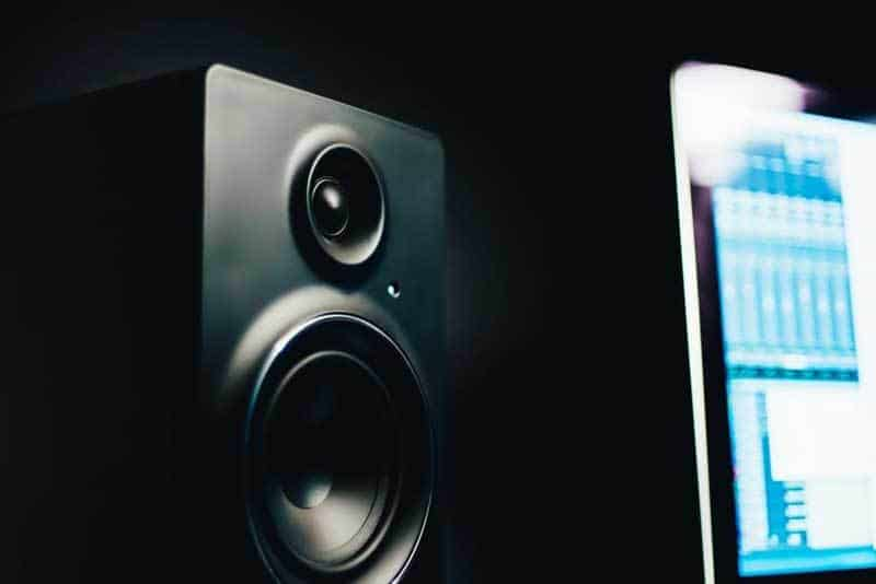 How to use satellite speakers without subwoofer