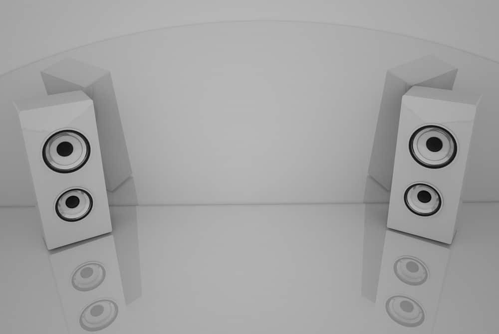 3d White speakers